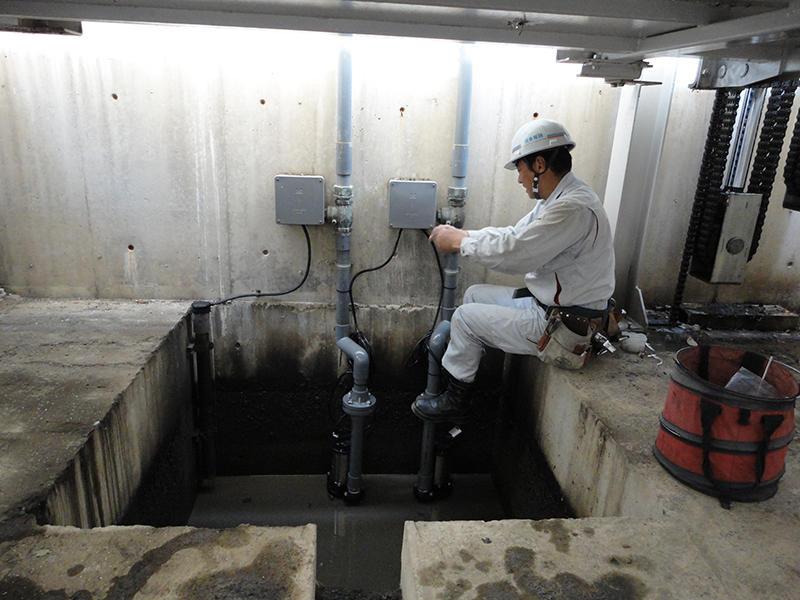 地下雨水ポンプ